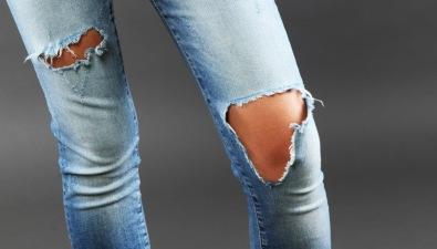 jeans-strappati-1217