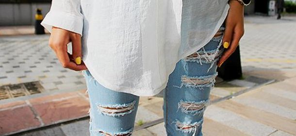 jeans-strappati-effetto-usato